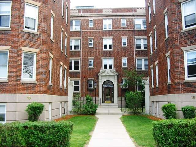 Day st 409 somerville ma 02144 2 bedroom apartment for rent padmapper for 2 bedroom apartments somerville ma