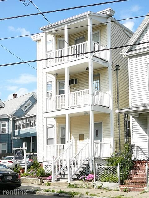 8 Leon St 1 Somerville Ma 02143 2 Bedroom Apartment For Rent Padmapper