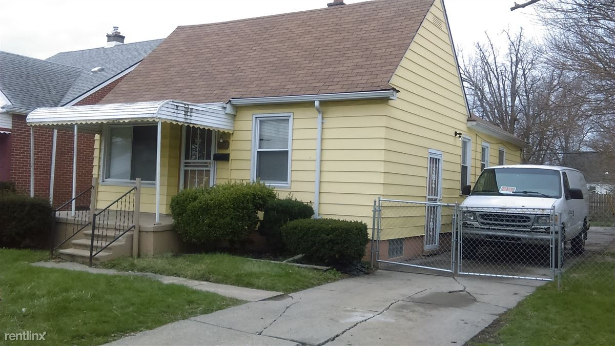 8891 Longacre St Detroit Mi 48228 3 Bedroom Apartment For Rent Padmapper