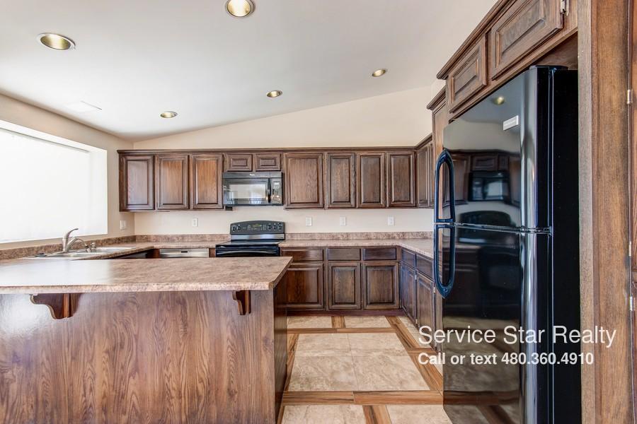 4036 N 62nd Dr Phoenix Az 85033 4 Bedroom Apartment For Rent Padmapper
