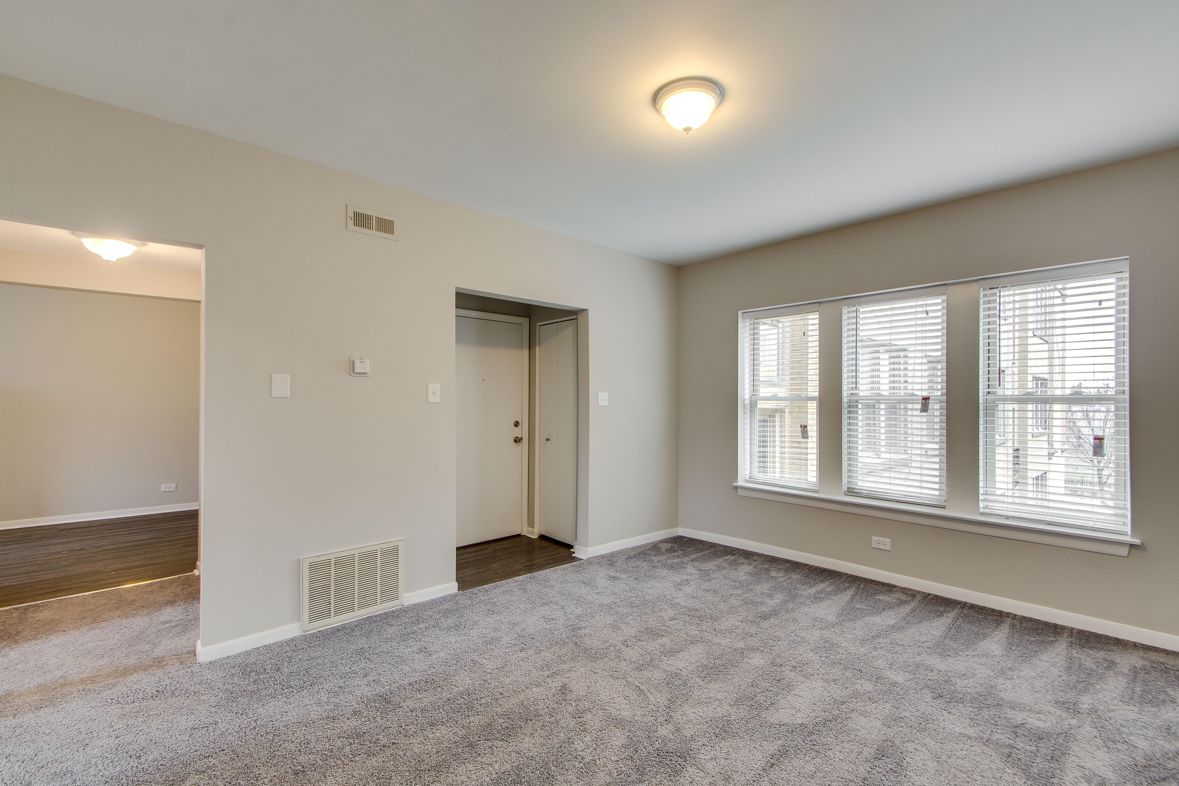 2406 North Kilbourn Avenue Chicago Il 60639 1 Bedroom Apartment For Rent Padmapper