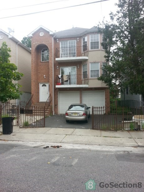 330 236 S 8th St 3 Newark Nj 07103 3 Bedroom Apartment For Rent For 1 475 Month Zumper