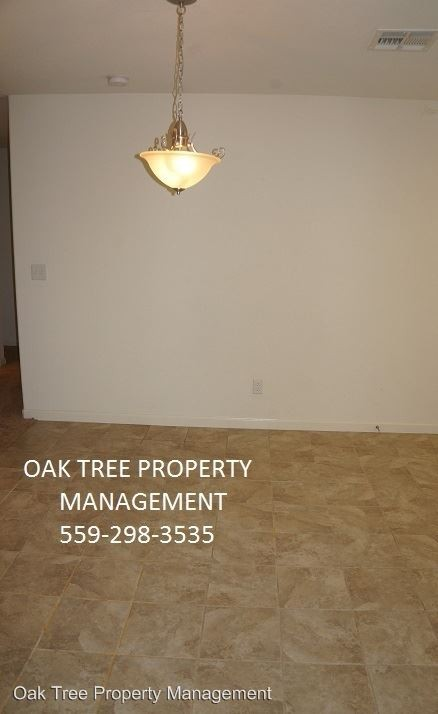 5583 E Truman Ave Fresno CA 93727 3 Bedroom Apartment For Rent PadMapper