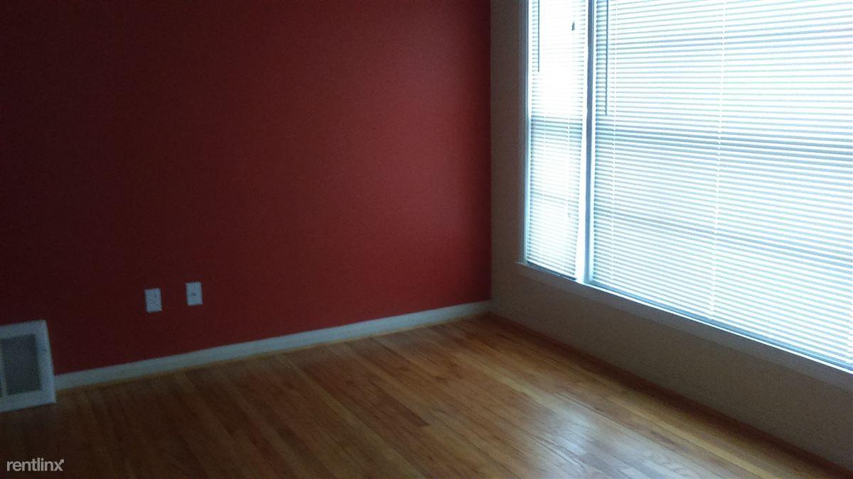 8 8 Mile And Van Dyke Detroit Mi 48234 2 Bedroom Apartment For Rent Padmapper