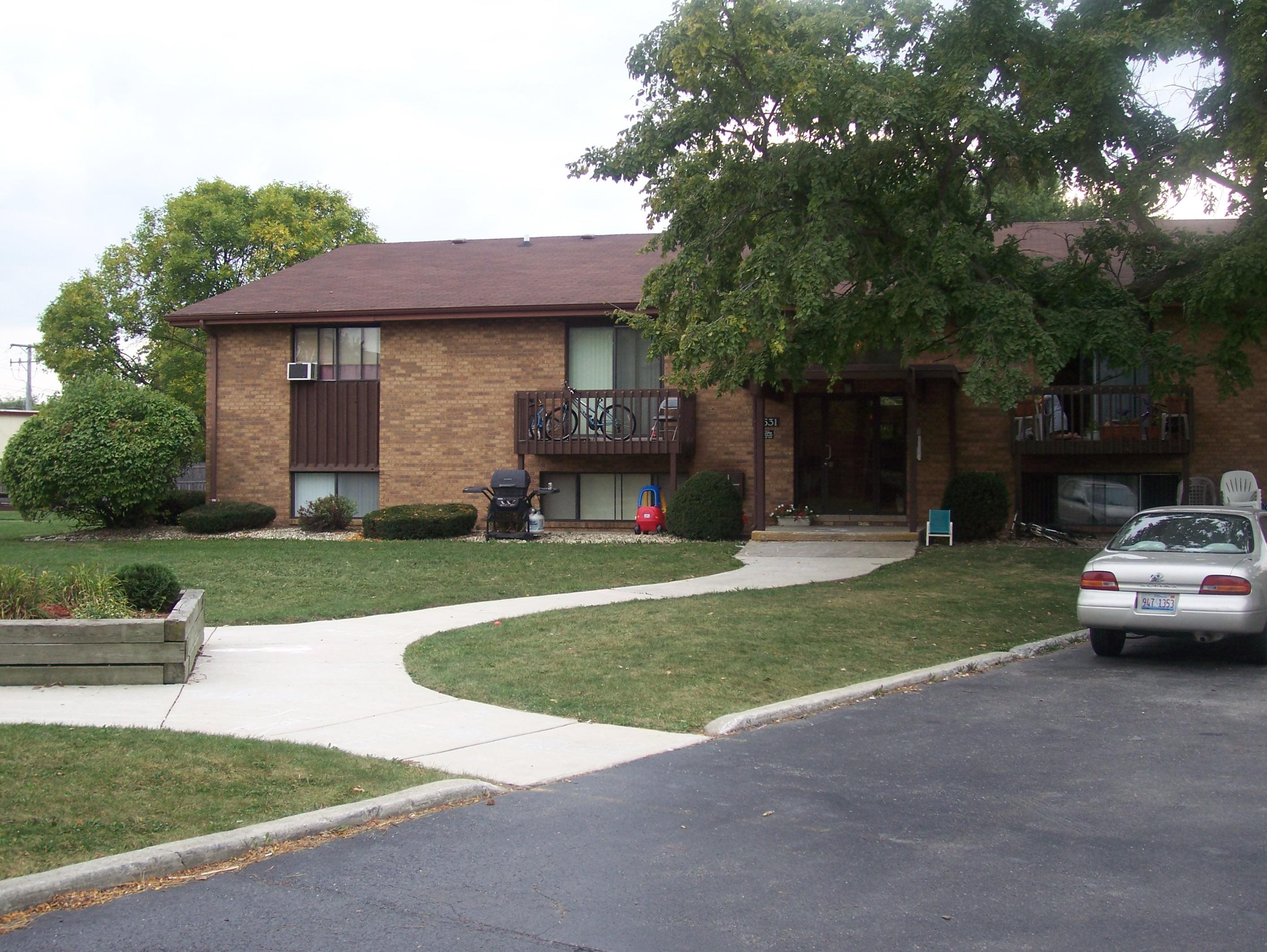 11631 Roberts St.