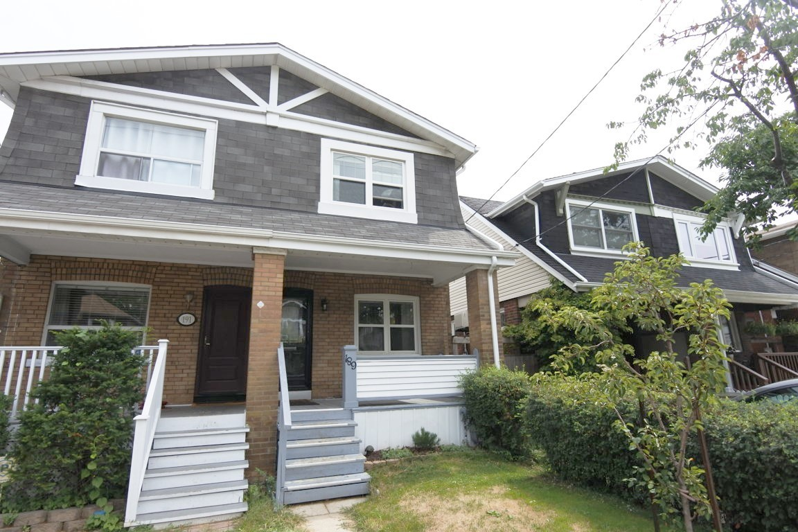 189 Woodycrest Avenue Toronto On M4j 3c1 3 Bedroom Apartment For Rent Padmapper