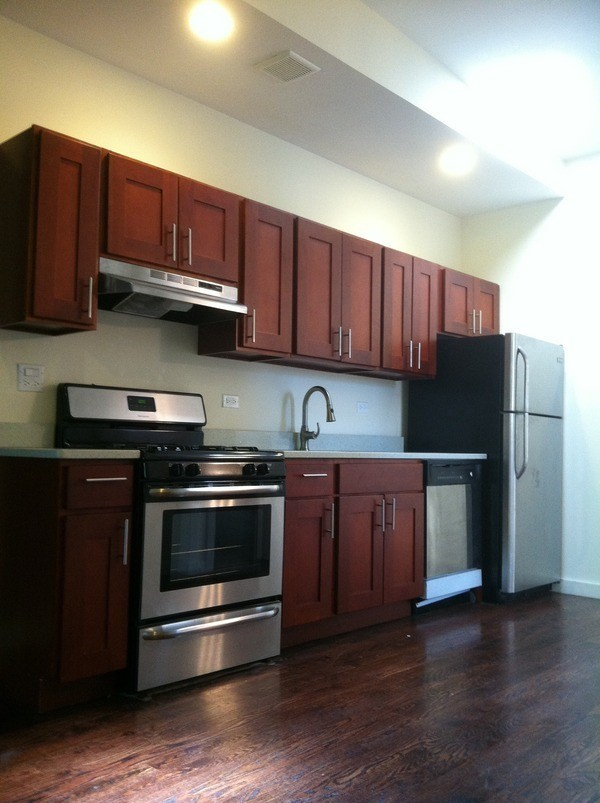 330 Gates Avenue 3 New York Ny 11216 3 Bedroom Apartment For Rent For 2 875 Month Zumper