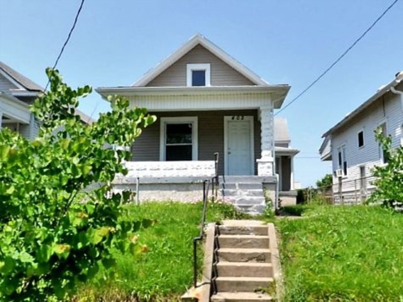 402 S 28th St Louisville KY 40212 2 Bedroom House For Rent For 625 Month