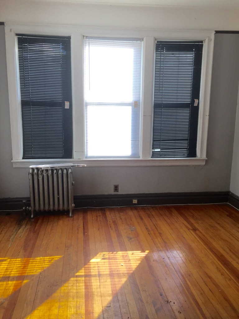 138 Myrtle Avenue 1 Jersey City Nj 07305 3 Bedroom