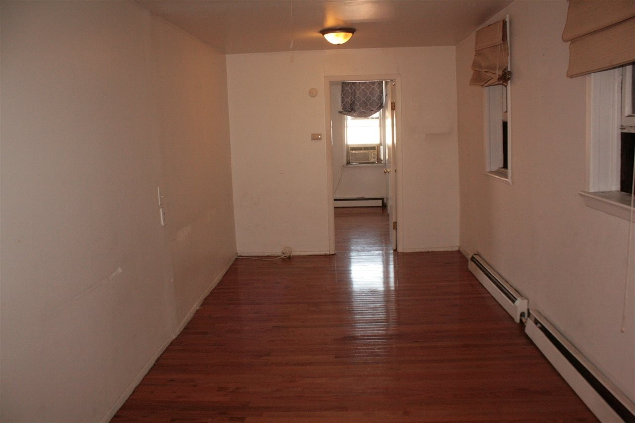 187 Beacon Ave 2L Jersey City NJ 07306 1 Bedroom Apartment For Rent For 1