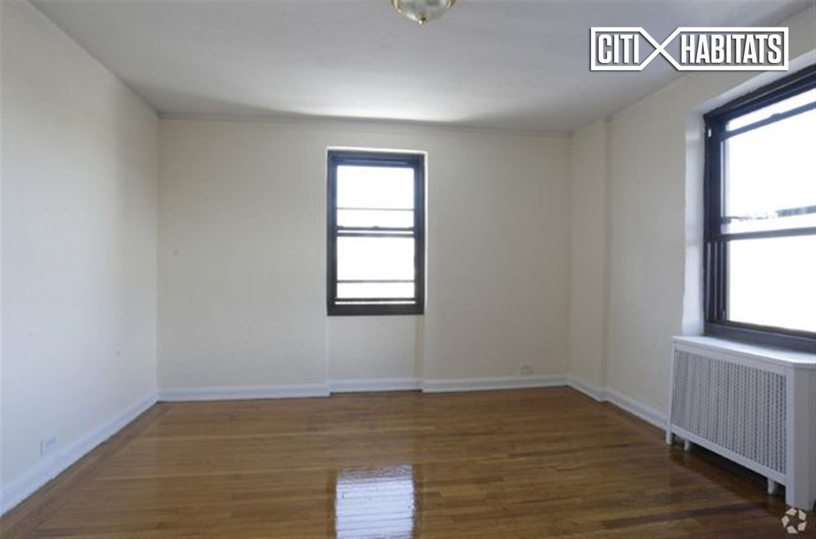 bedroom apartment is located on henry hudson parkway the apartment