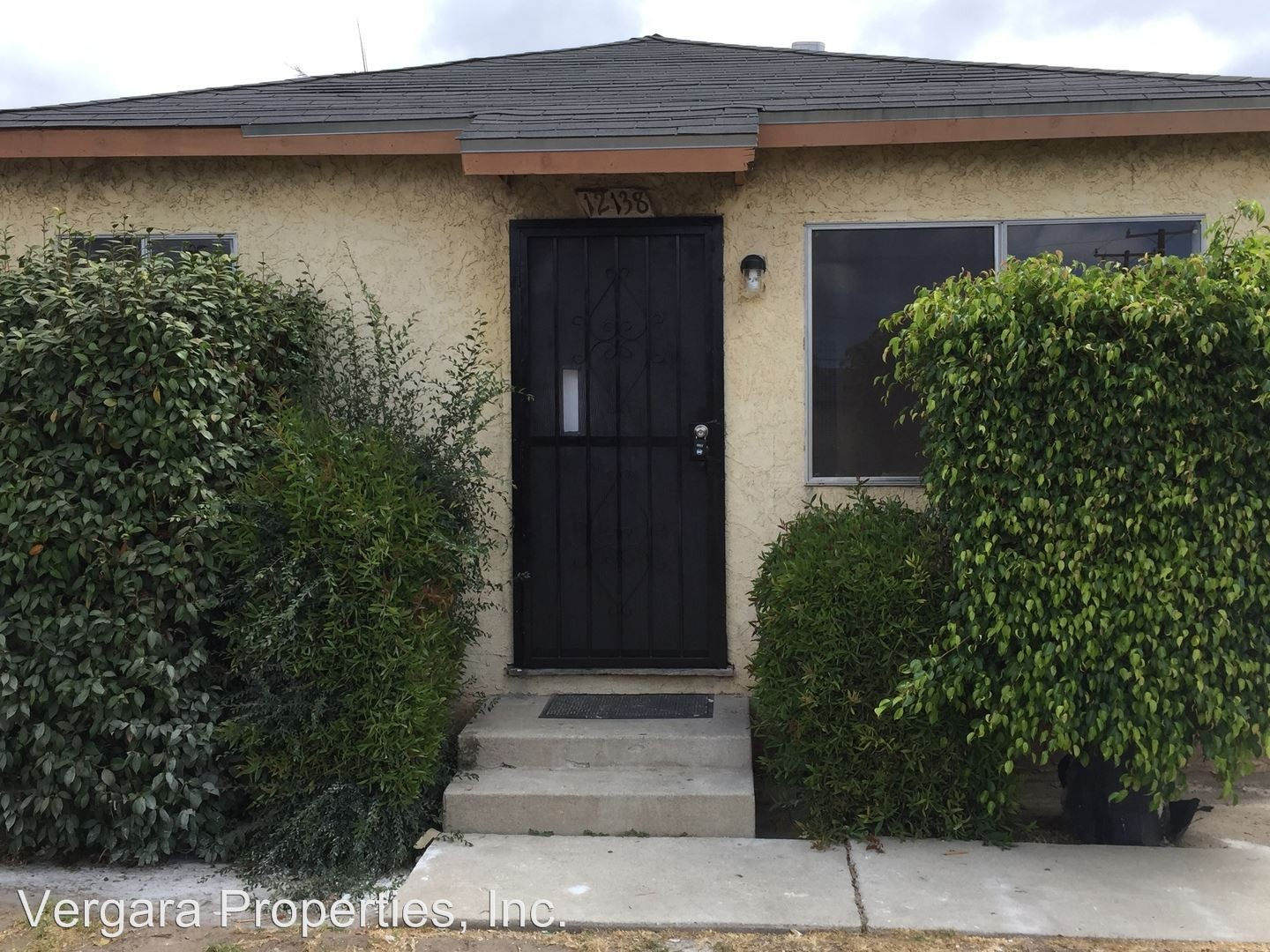 12138 York Ave Hawthorne Ca 90250 1 Bedroom Apartment For Rent For 1 395 Month Zumper