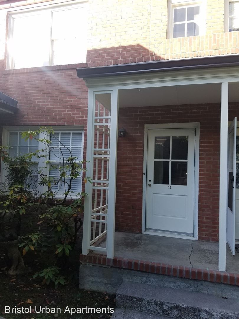 7900 Sw Brentwood St Portland Or 97225 2 Bedroom