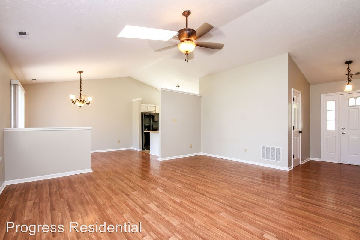 8165 Shortleaf Ct Indianapolis In 46236 3 Bedroom Apartment For Rent Padmapper