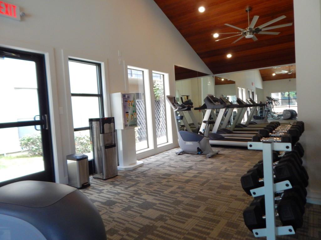 Silverado Apartments 5741 Osuna Rd Ne Albuquerque Nm 87109 Apartment For Rent Padmapper