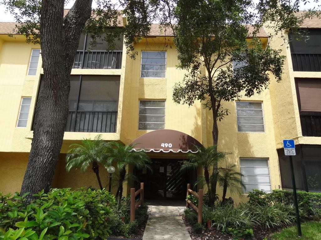 490 Nw 20th St 205 Boca Raton Fl 33431 2 Bedroom Condo For Rent For 1 350 Month Zumper