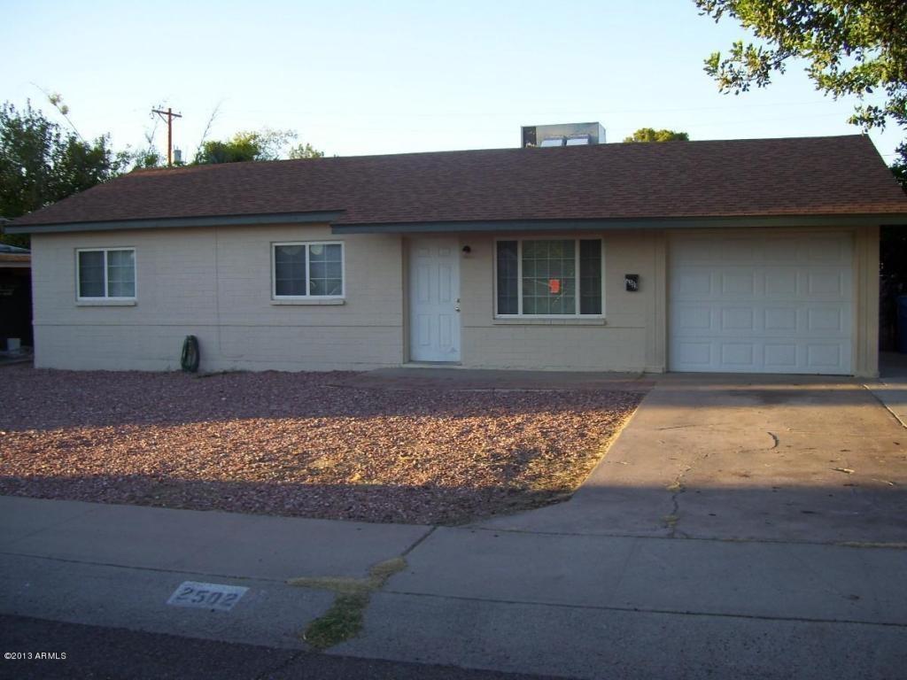 2502 E Hazelwood St Phoenix Az 85016 4 Bedroom House For Rent For 1 100 Month Zumper