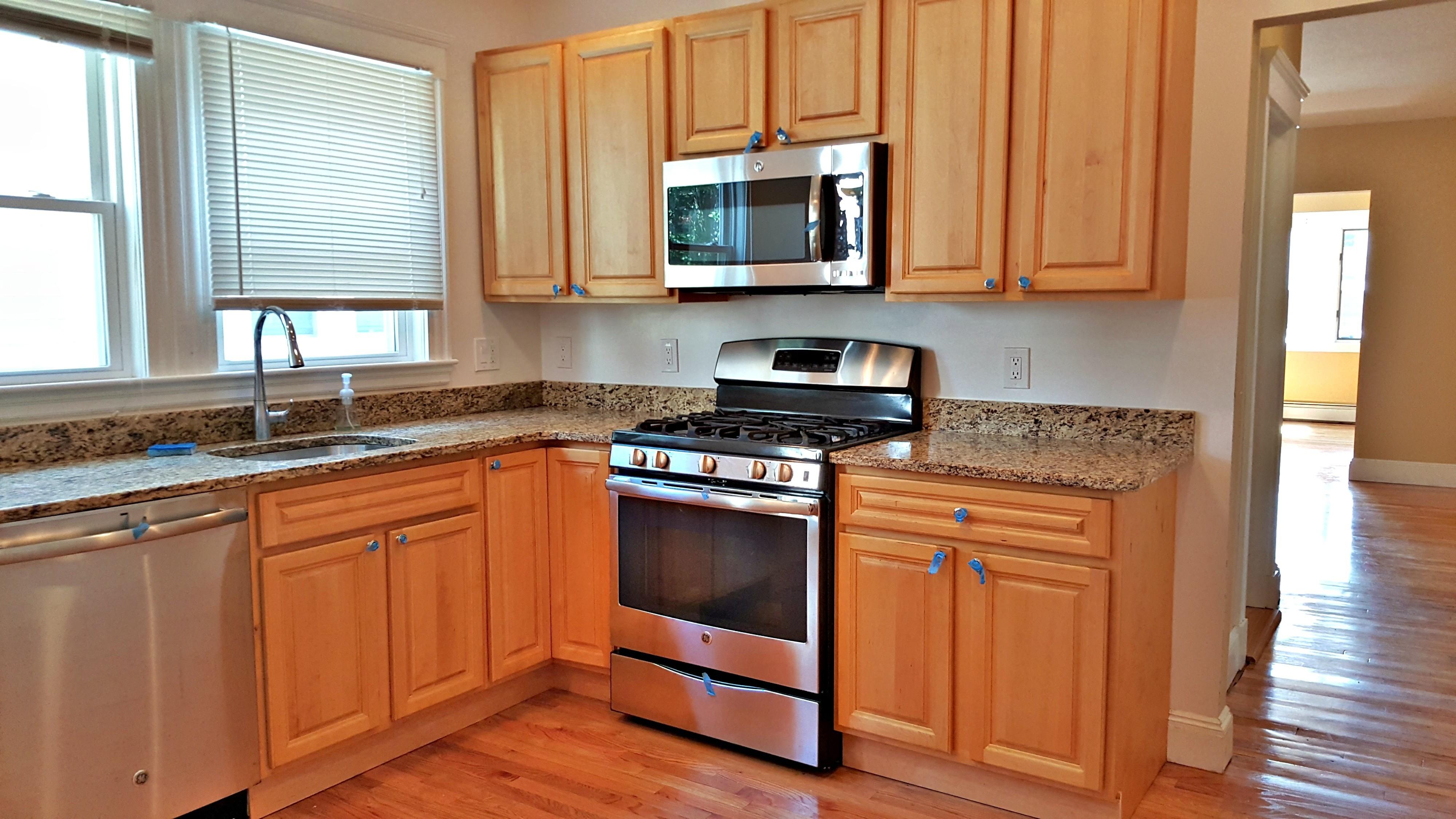 Auburn St, Medford, MA 02155  2 Bedroom Apartment for Rent