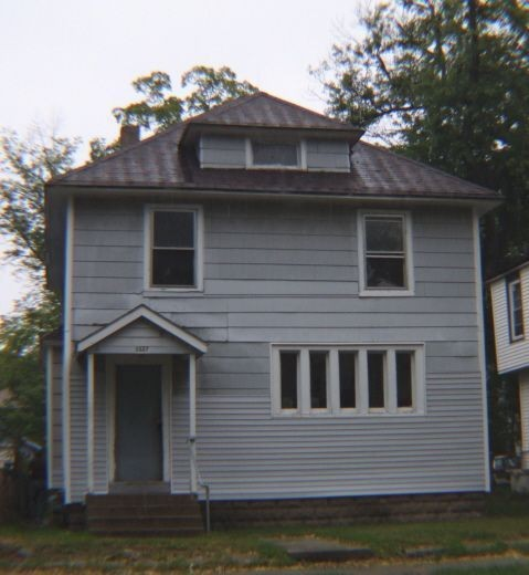1327 Cass Ave SE, Grand Rapids, MI 49507 4 Bedroom House