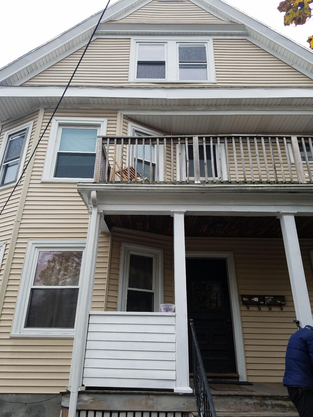 Porter st 2 somerville ma 02143 6 bedroom apartment for rent for 4 800 month zumper for One bedroom apartments somerville ma