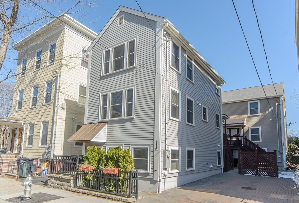 194 Western Ave 15hg Cambridge Ma 02139 3 Bedroom Apartment For Rent Padmapper