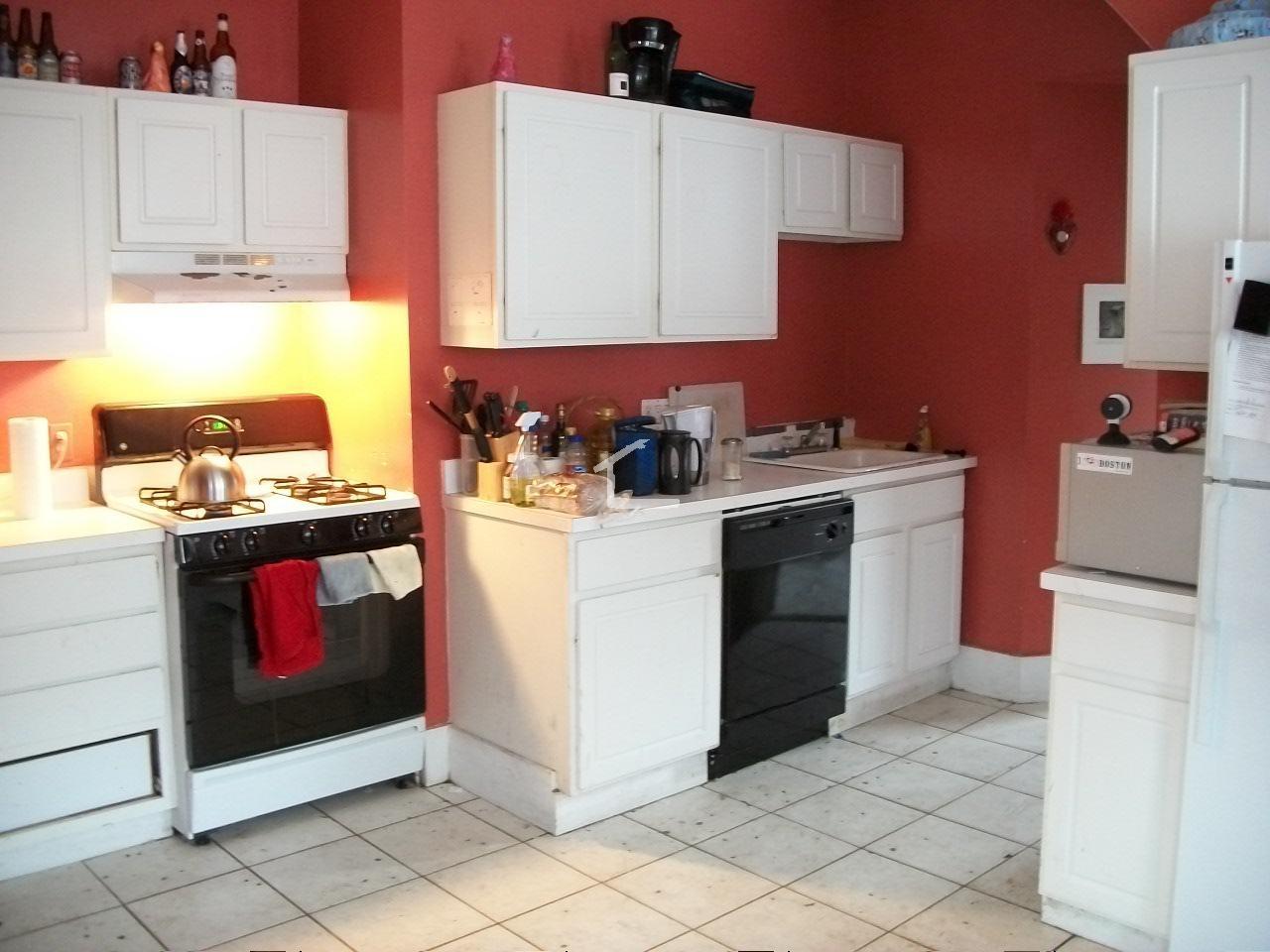 Greylock Rd 1 Boston Ma 02134 3 Bedroom Apartment For