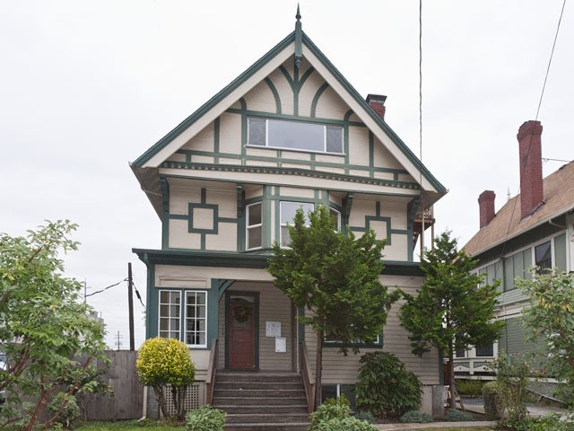 2069 NW Overton St B Portland OR 97209 2 Bedroom Apartment For Rent For 1
