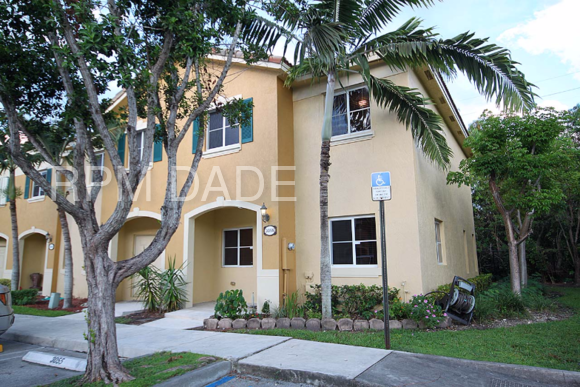 3055 SE 17th Ave Homestead FL 33035 3 Bedroom Apartment For Rent For 1 350