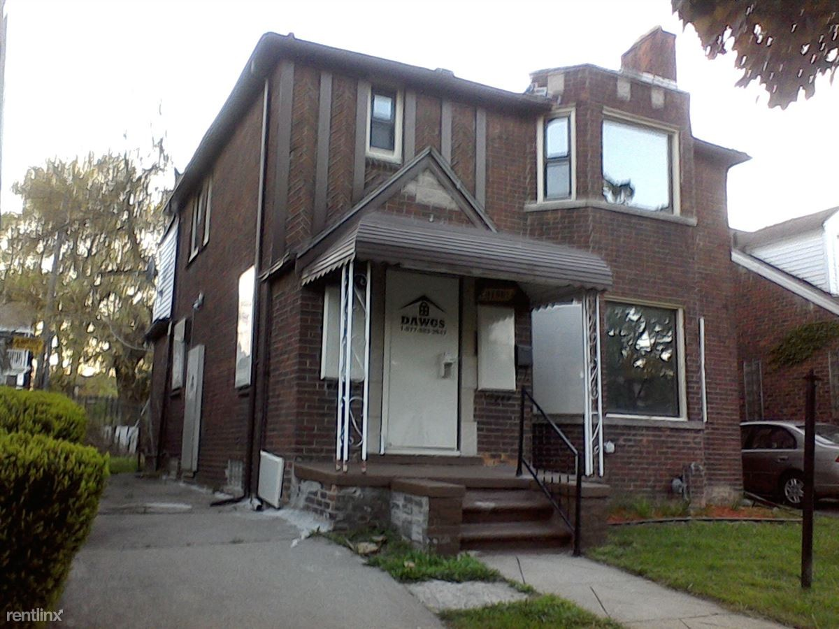18211 Santa Rosa Dr Detroit Mi 48221 3 Bedroom Apartment For Rent Padmapper