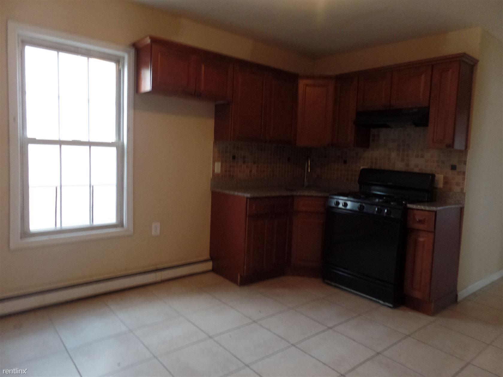 38 N 8th St Hawthorne Nj 07506 3 Bedroom Apartment For Rent Padmapper