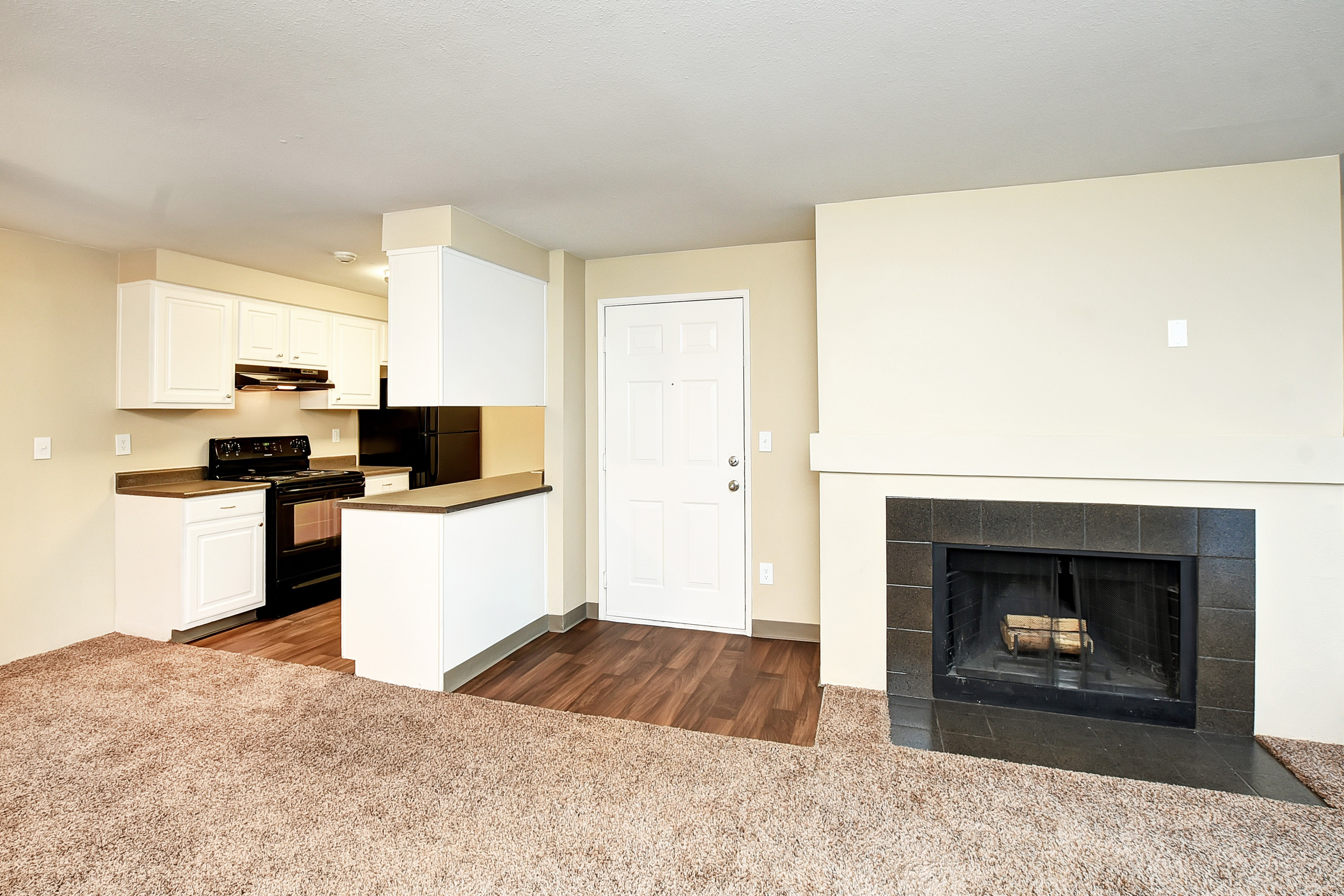 Bradford Park Apartment Homes Lynnwood, WA | College Student ...