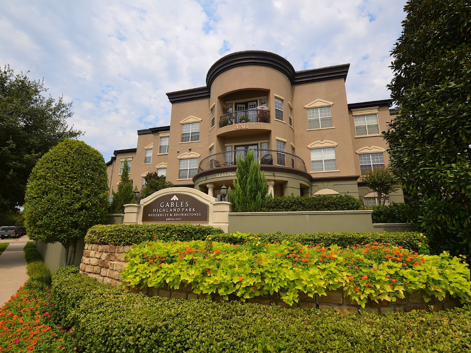 Gables Highland Park Residences - Dallas apartments for rent ...