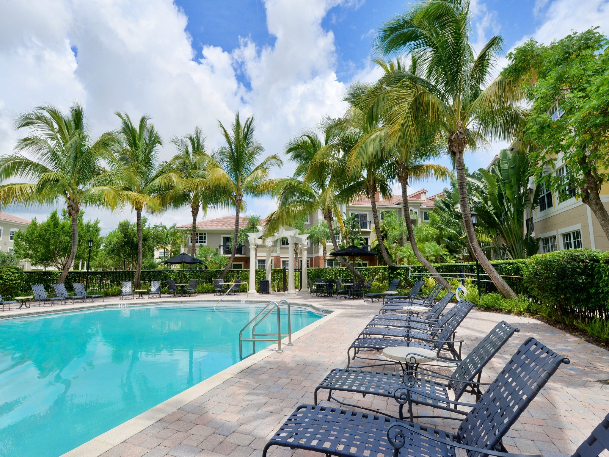 Gables Montecito, Palm Beach Gardens - (see pics & AVAIL)