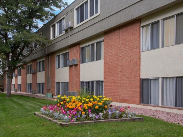 Summer Grove Apartments photo
