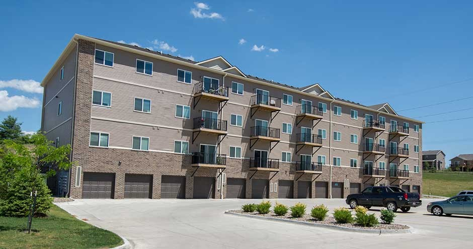 Walnut Lake Apartments