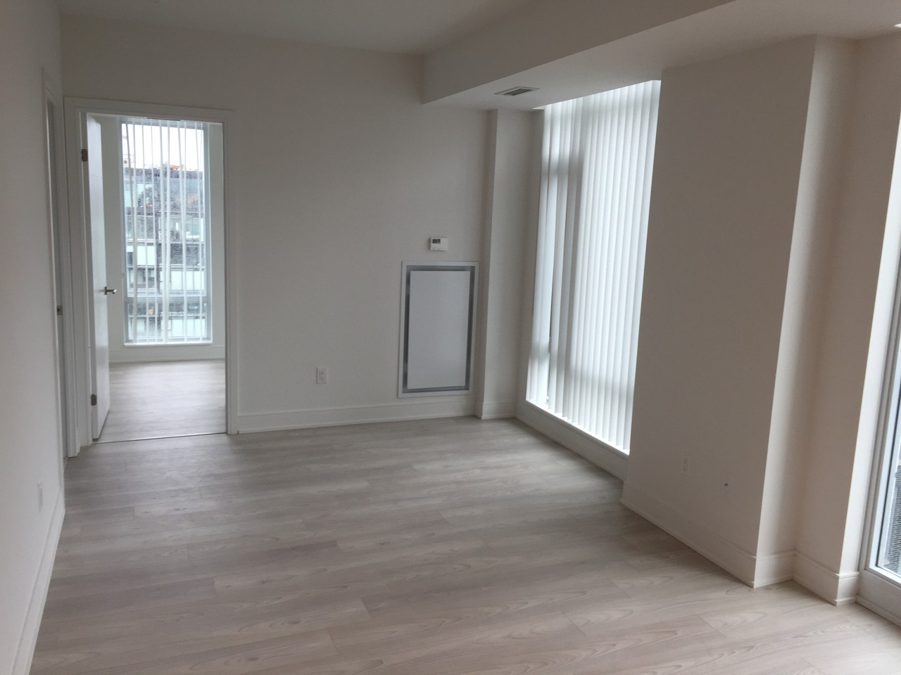 525 Adelaide St W Toronto On M5v 2 Bedroom Apartment For Rent