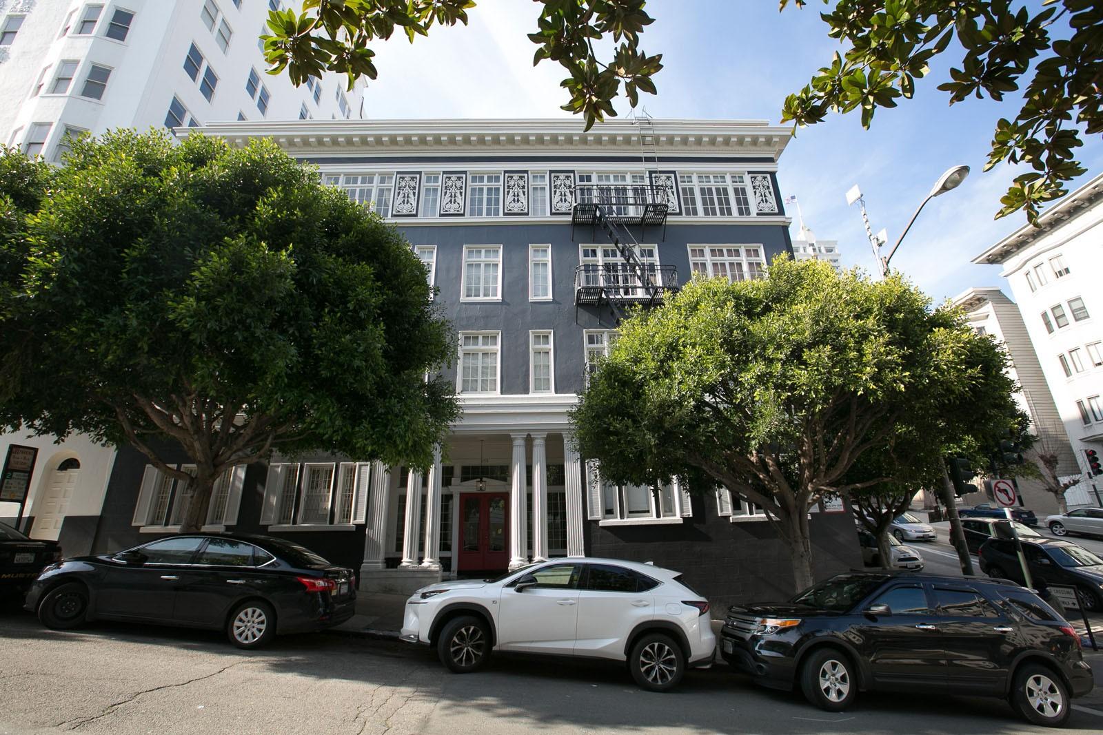 655 STOCKTON Apartments & Suites