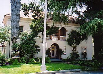 4604 Los Feliz Blvd 207 Los Angeles Ca 90027 Studio