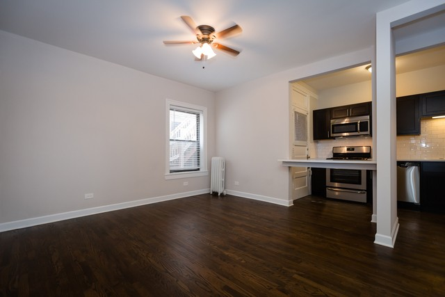 Photo Of 1353 W Touhy Ave 2S Chicago IL 60626