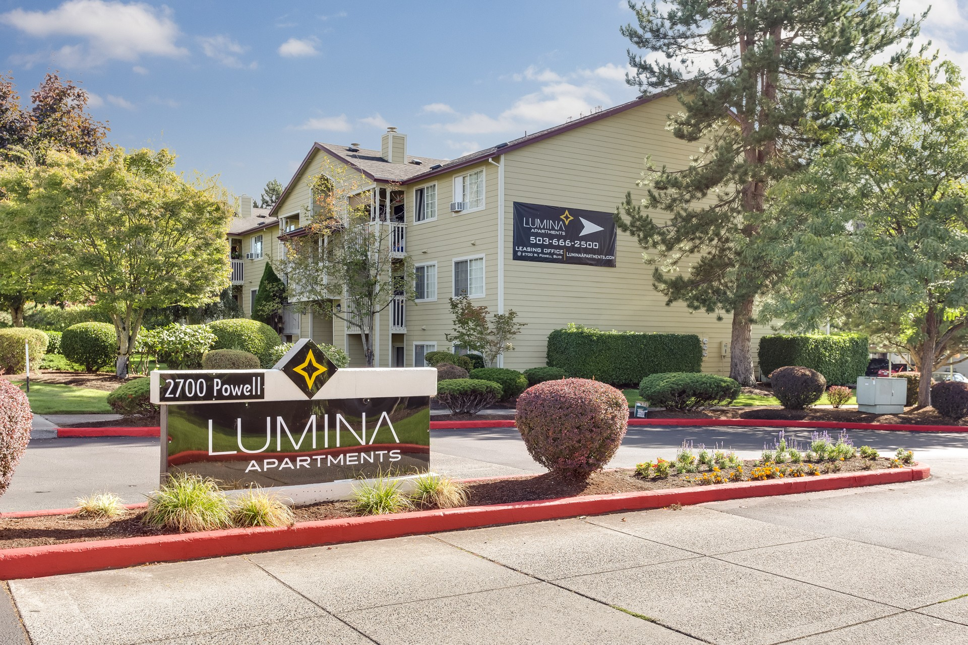 Lumina Apartments