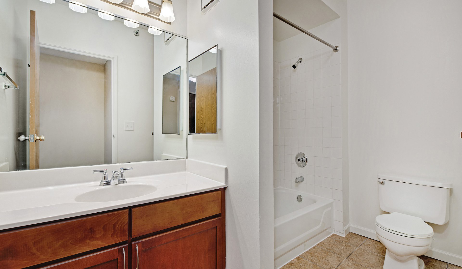 Evanston Place Apartments, Evanston - (see pics & AVAIL)