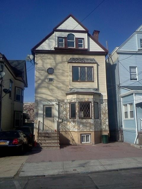 208 ege ave jersey city nj 07304 5 bedroom house for rent for 2 500