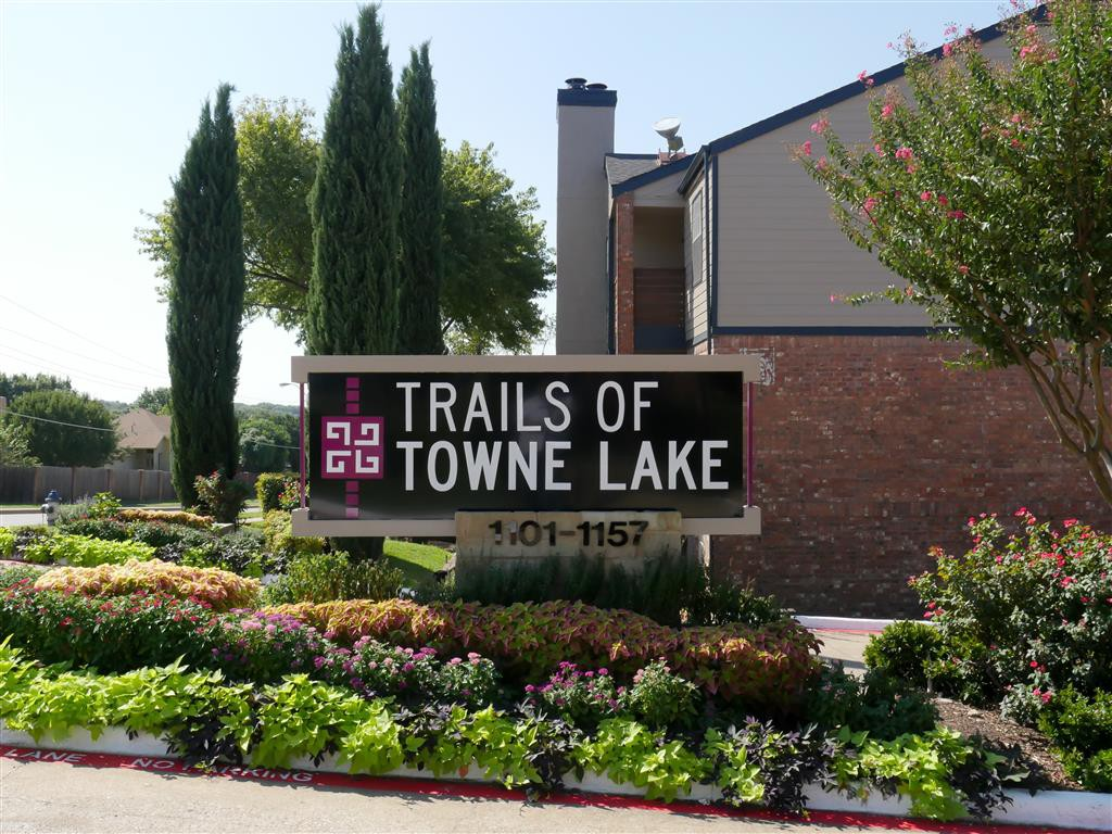 Trails of Towne Lake