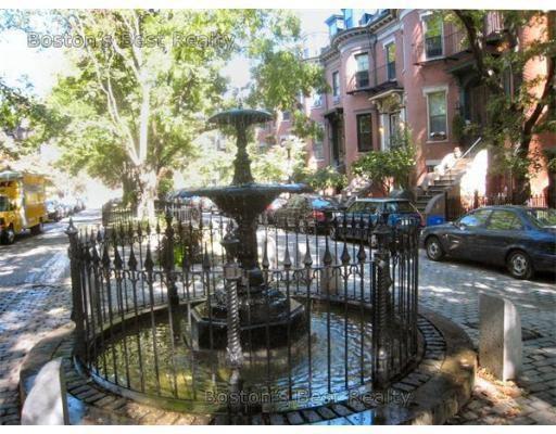 20 Concord Square