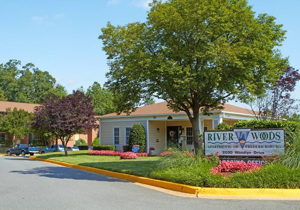 Riverwoods Apartments of Fredericksburg