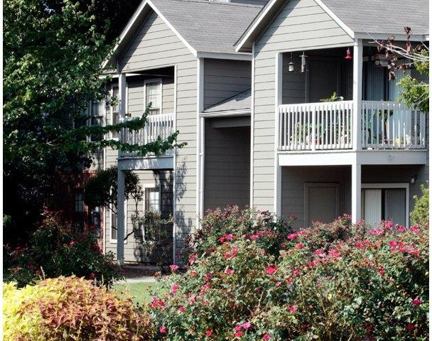 Fieldcrest Apartments Dothan, AL | College Student Apartments