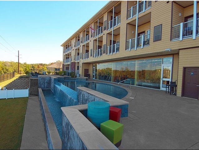 The Bluff at Waterworks Student Housing