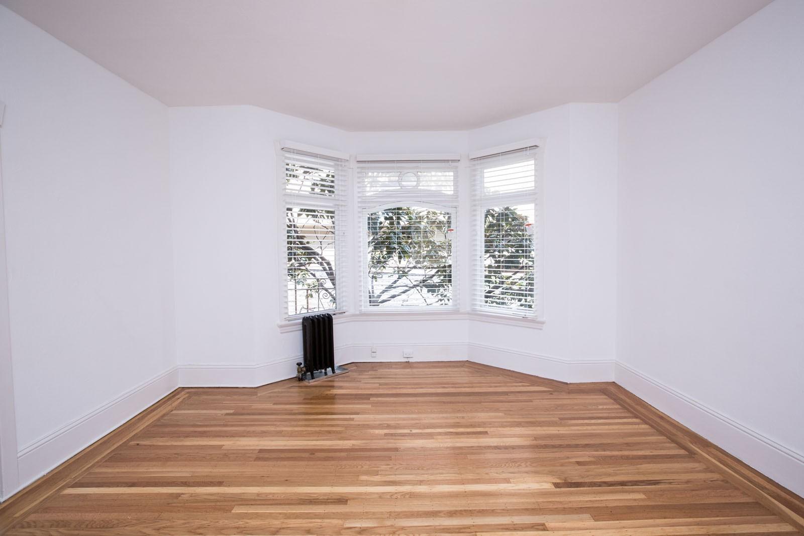 825-835 PINE Apartments