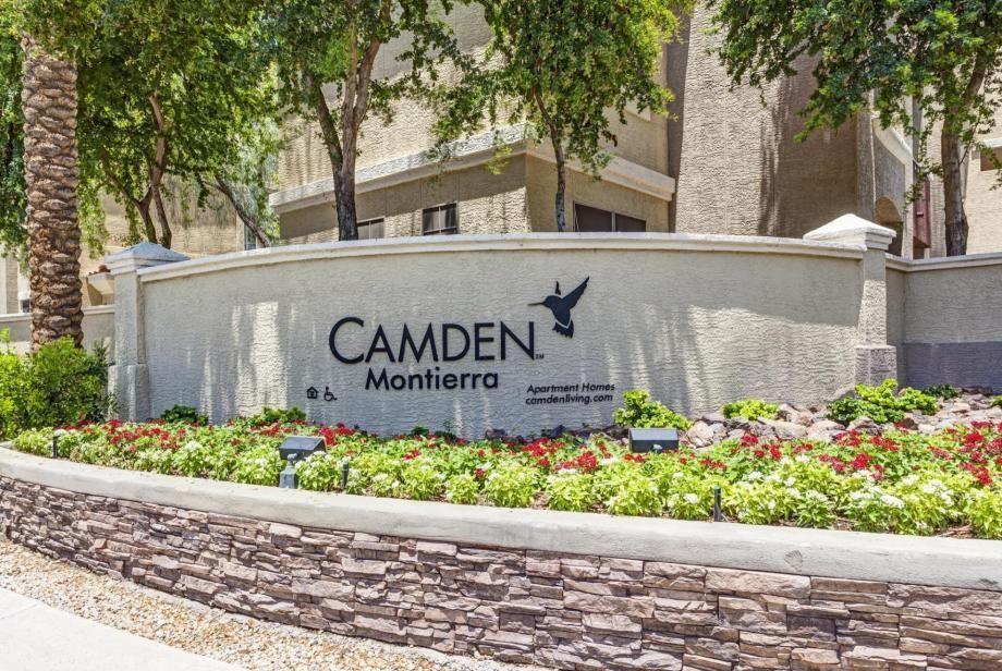 Camden Montierra