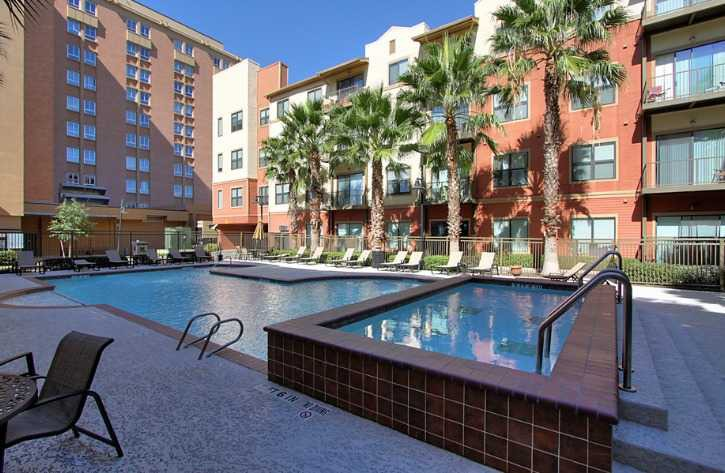 Broadstone Lofts At Hermann Park Apartments for Rent - 1 Hermann ...